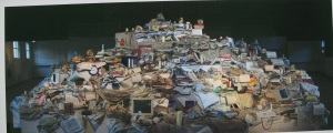 It's not really possible to see the details of this Koen Theys collage but this is the entire image