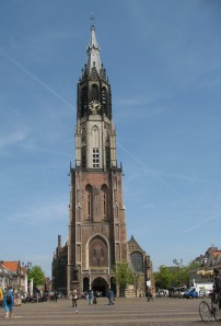 The other side of the main square in Delft is this magnificent church
